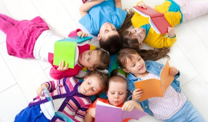 children-reading-730x430