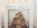 creatieve-kerstboom-kerstboom-gemaakt-van-boeken-creative-christmas-tree-made-of-books