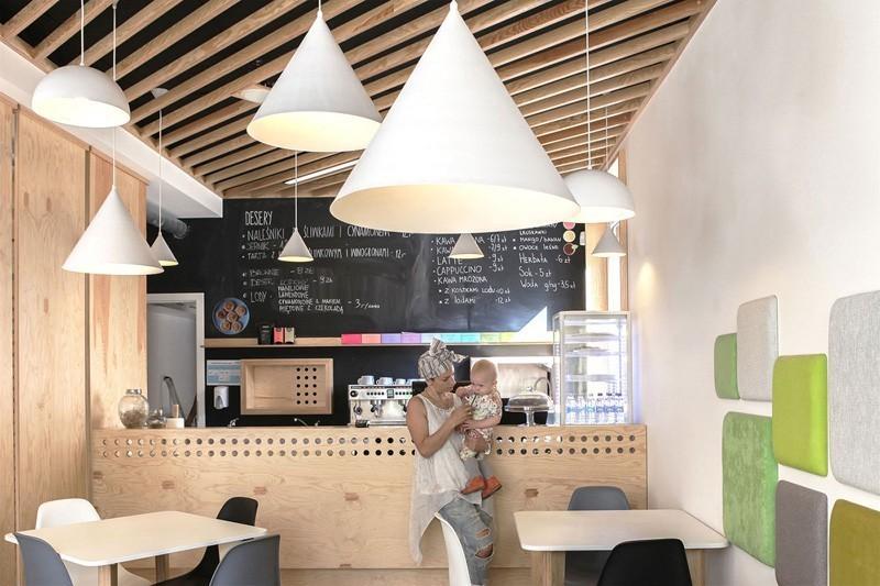 modern-family-cafe-3