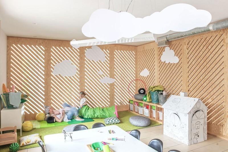 modern-family-cafe-9