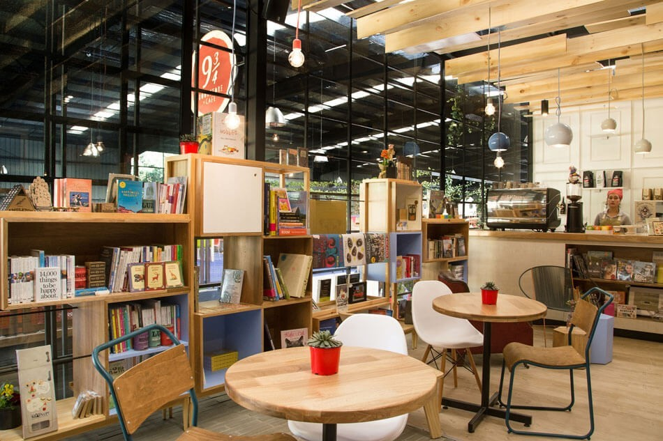 9-¾-Bookstore-and-Café-by-Plasma-Nodo-7