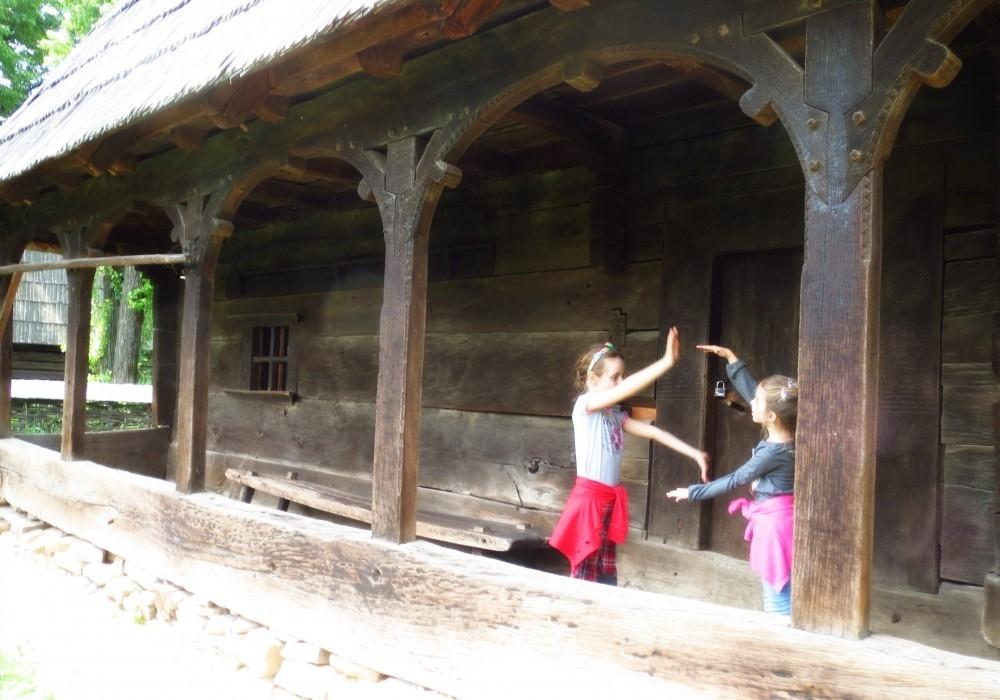 1_muzeul satului