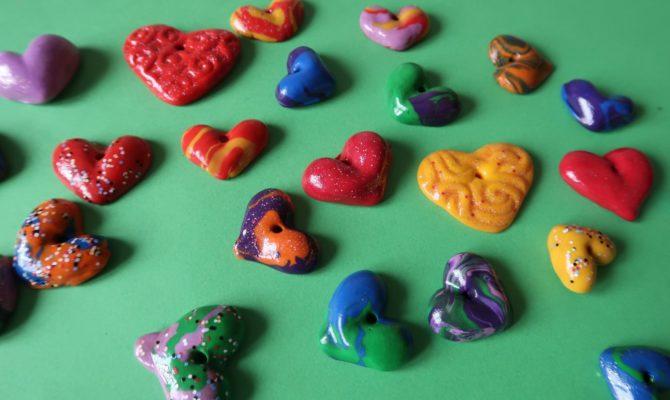 DIY – Colecția de Mărțișoare 2019 – Inimi din Fimo