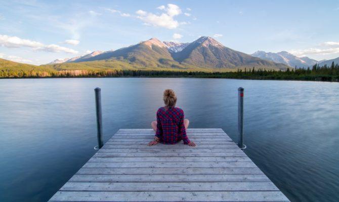 10 Obiceiuri care ne storc de energie și cum să renunțăm la ele