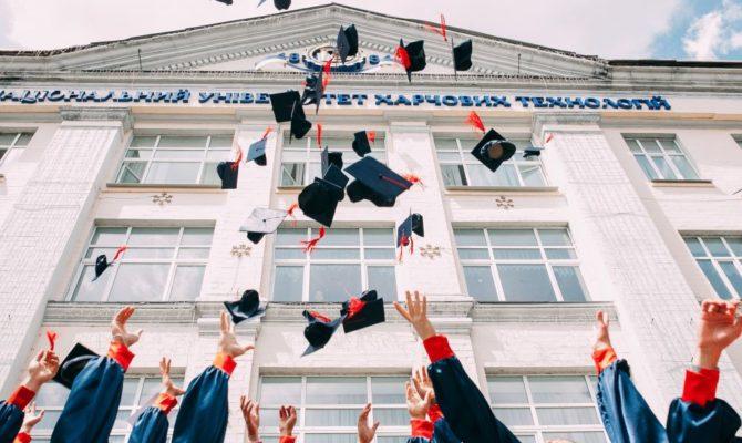 Albumul cu amintiri: Lista de Final de An Școlar (de tipărit și completat)