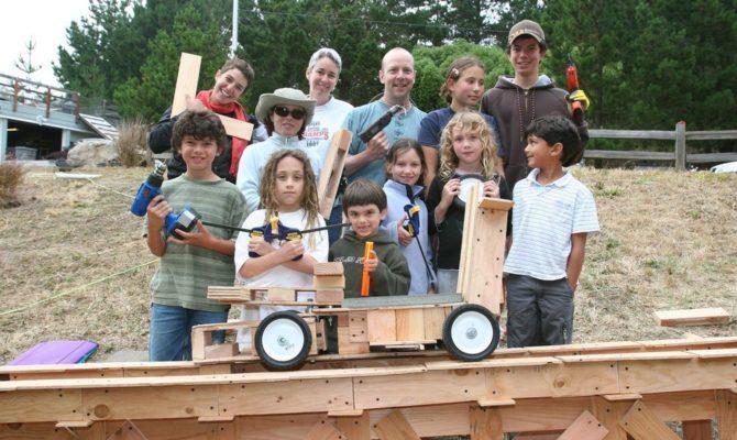 Tinkering School – Locul în care copiii învață experimentând și făcând