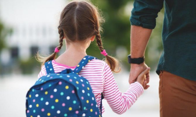 De ce plâng părinții în prima zi de școală…