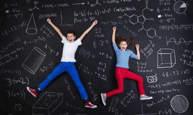 Ce-ați vrea să-i învețe ȘCOALA pe copiii noștri?