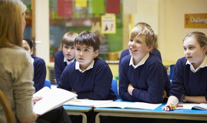 Școala începe pe 14 septembrie 2020, cu 3 scenarii de funcționare