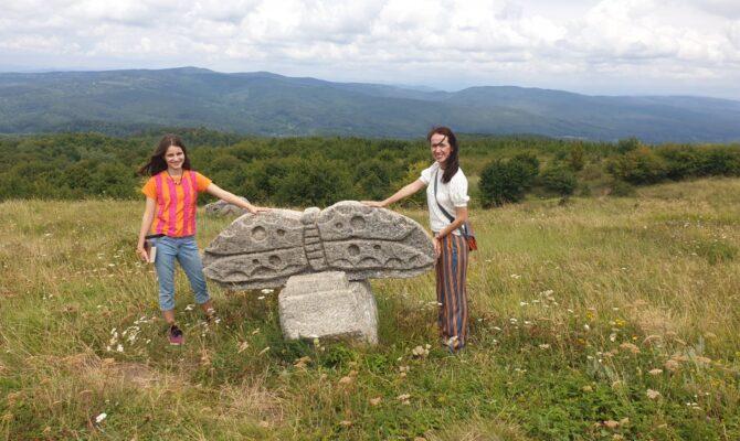 Destinație de weekend: Tabăra de Sculptură de la Năieni