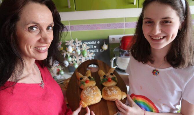 Rețeta de Iepurași din Chifle, special pentru Paște