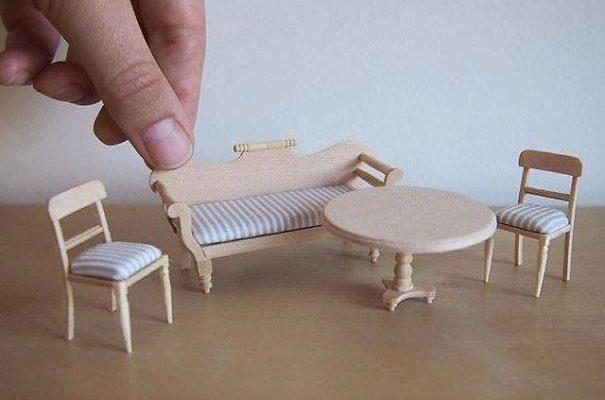 Mobila in miniatura