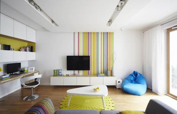 Un apartament vesel cu multe culori indraznete, in Varsovia