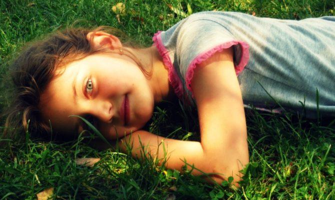 11 Lucruri la care trebuie sa renuntam  pentru a avea copii autonomi & fericiti