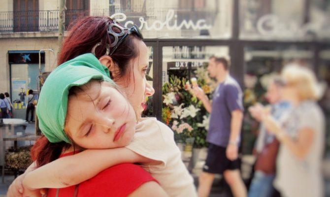 De cât somn au nevoie copiii zilnic?