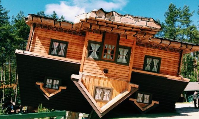 Case cu susu-n jos. 15 modele ingenioase