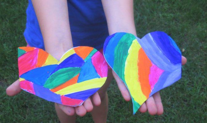 DIY –  Felicitări cu inimi pictate în tandem