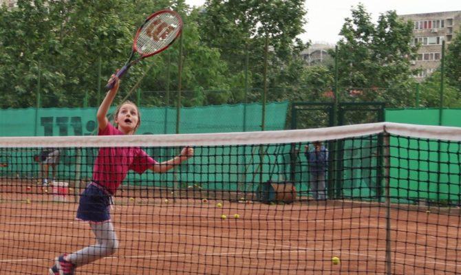 10 Beneficii ale tenisului, pentru copii