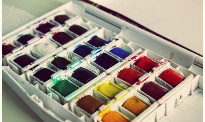 Cartile de colorat pentru adulti, terapie antistres