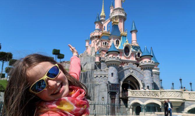 Este Disneyland o destinație magică?