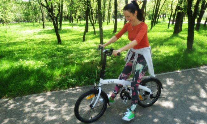 Amsterdamul pe bicicleta unui localnic
