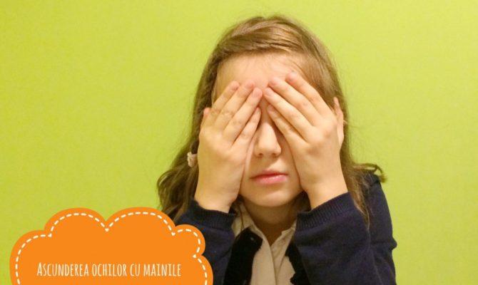 13 gesturi ale copiilor descifrate de adulti.