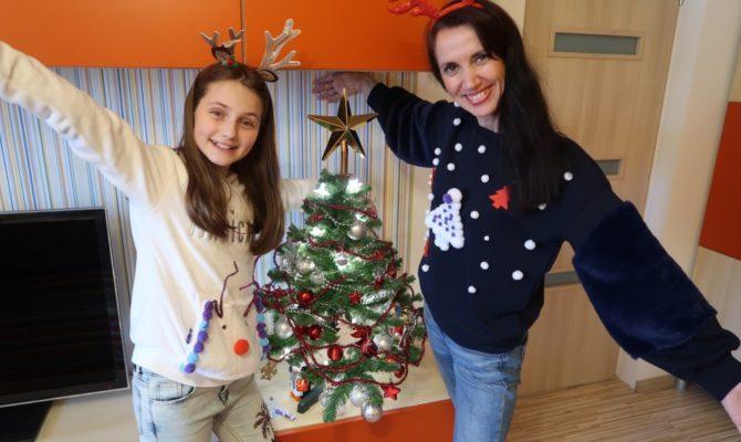 DIY – Pulovere de Crăciun, în tandem