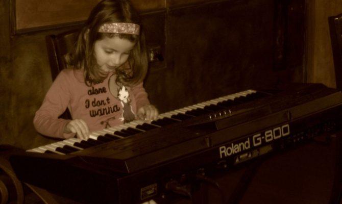 Lectiile de muzica sunt cea mai buna investitie a parintilor