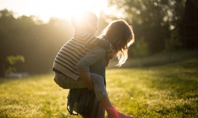 3 sfaturi de la Harvard, pentru a crește copii adaptabili, autonomi și pregătiți pentru provocările vieții