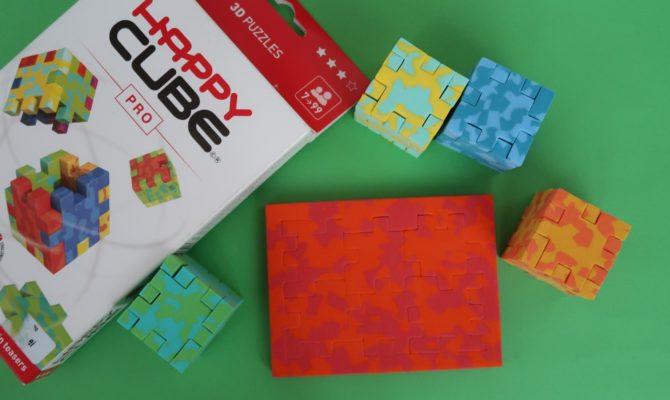 HAPPY CUBE: Un joc ce-ți provoacă mintea