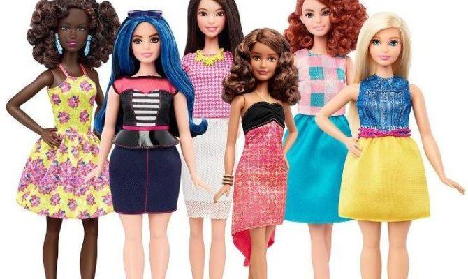 A aparut Barbie cu forme