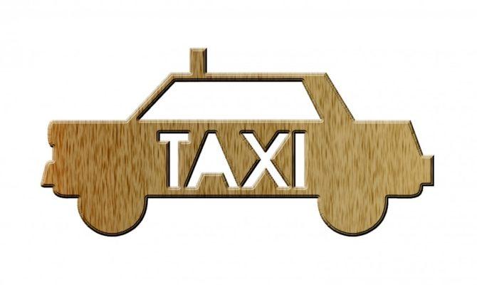 Eu pe post de taximetrist de Bucuresti